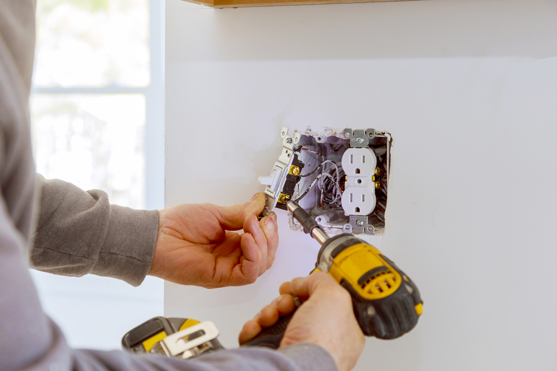 electrical-outlet-install-service